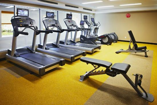 TownePlace Suites Mississauga-Airport Corporate Centre: 24 hour Fitness Centre