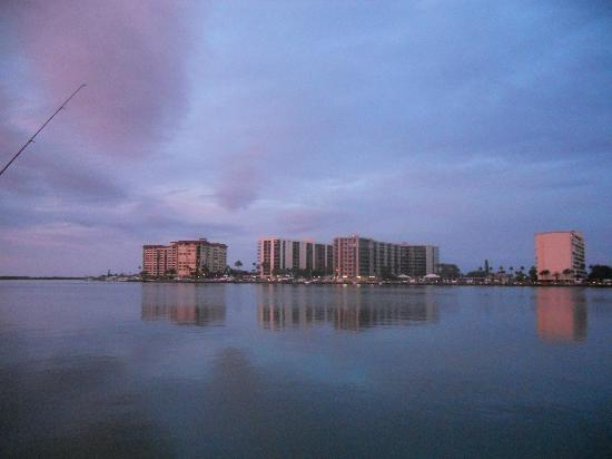 Ebb Tide Waterfront Resort: another evening pic taken from fishing dock