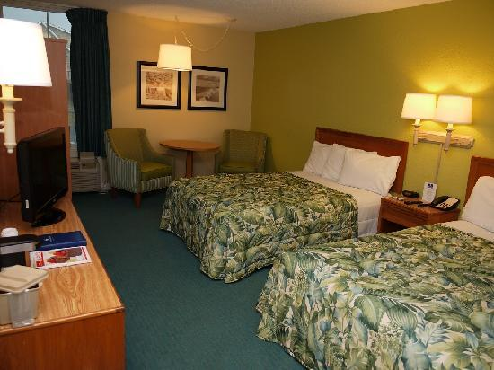Outer Banks Inn: Double Room