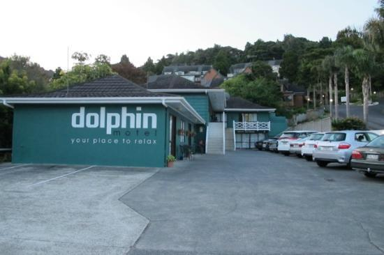 Dolphin Motel: The Dolphin is located on a quiet side street in Paihia.