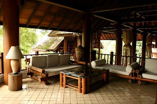 Suanthip Vana Resort: sitting area in the second floor-Lobby