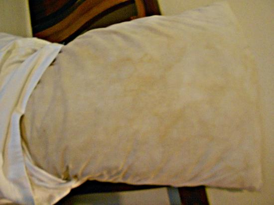 how to clean leather pillow cases