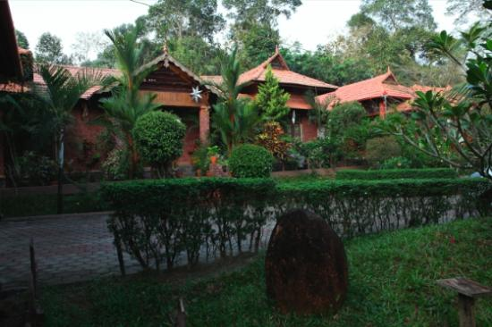 Mannaas Veedu -Countryside Home Stay
