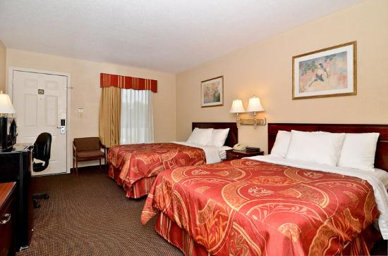 BEST WESTERN Tree City Inn: Double Room