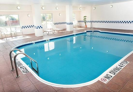 Fairfield Inn & Suites Dallas Mesquite: Indoor Pool