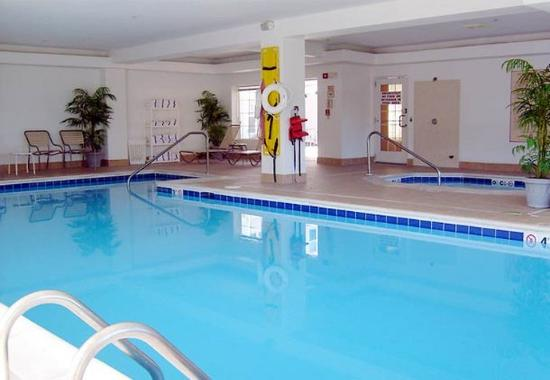 Residence Inn Fort Wayne Southwest: Indoor Heated Pool & Whirlpool