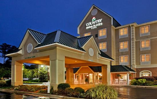 Country Inns & Suites Summerville: CountryInn&Suites Summerville ExteriorNight