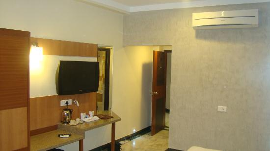 Dayal Hotel: AC Rooms