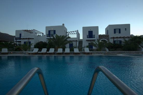 Yialos Beach Hotel: hotel &amp; pool