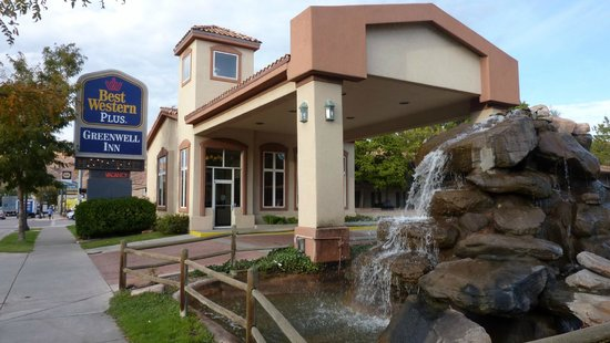 Zimmer picture of best western plus greenwell inn moab for Best western moab