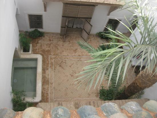 Dar Housnia: Courtyard Looking Down