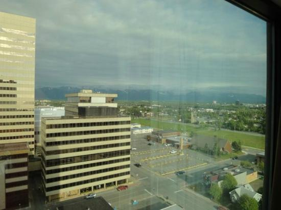 Anchorage Marriott Downtown: Can you believe this was 10:45 at night?!
