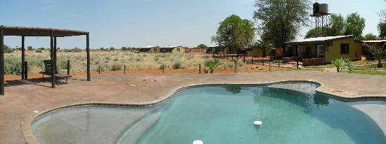 Kalahari Anib Lodge: second pool