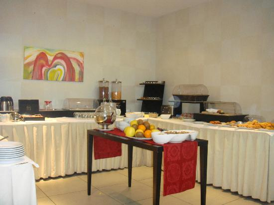 Golf Relais Monforte: Buffet at Breakfast