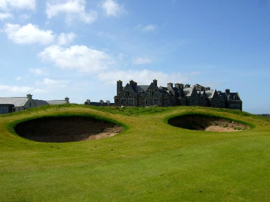 Doonbeg Lodge: 18th fairway