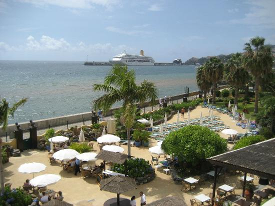 Porto Santa Maria Hotel (Porto Bay): View across to harbour from our room