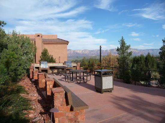 outdoor grill - Picture of Sedona Summit Resort, Sedona
