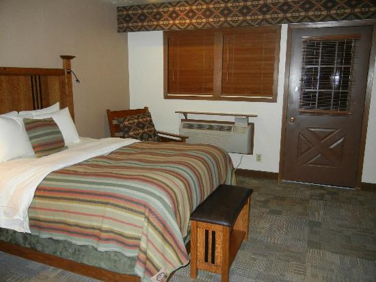 Zion Lodge: Room 2