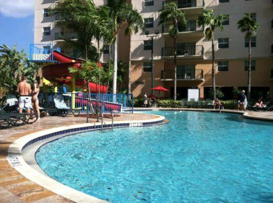 Wyndham Palm-Aire: nice pool