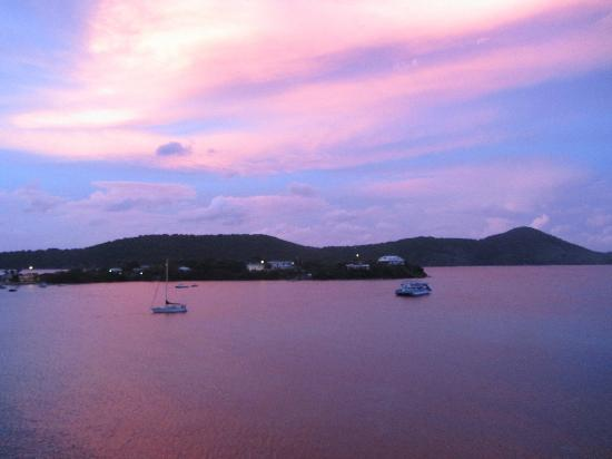 Point Pleasant Resort: Twighlight around sunset