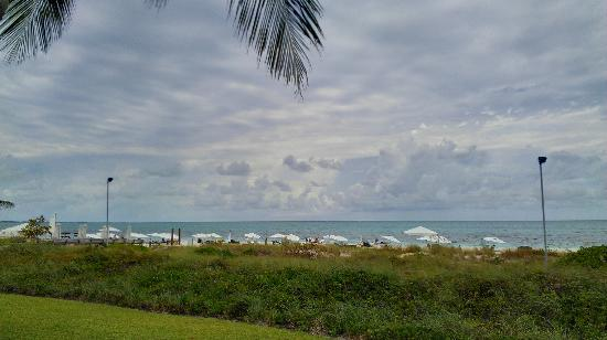 Gansevoort Turks + Caicos: View of the beach from our grand delux oceanfront studio's deck