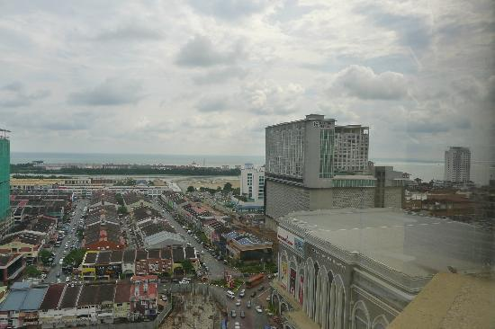 Hotel Equatorial Melaka: View towards Hatten Hotel (tall building) and Dataran Pahlawan Megamall