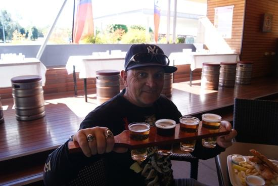 Yatala, Australia: beer tasting paddle