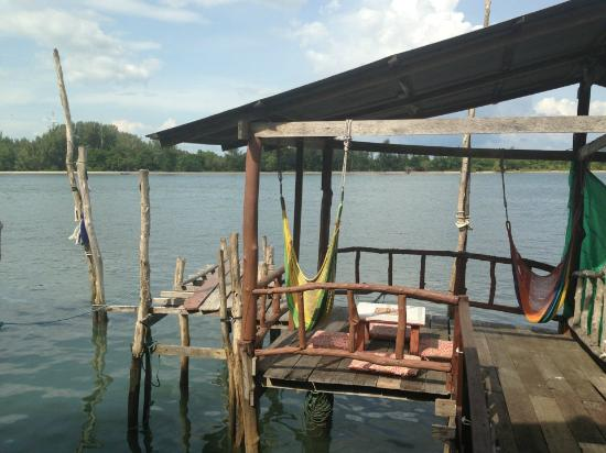 Sincere Guesthouse: View from the Pier
