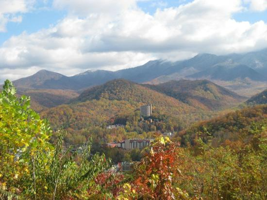 Photos of Gatlinburg - Featured Images