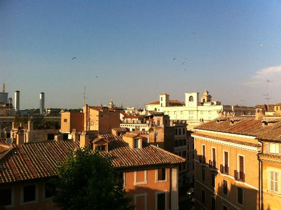 Hotel Raphael: View from roof top garden
