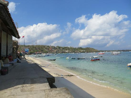 Batu Karang Lembongan Resort and Day Spa: View from the village across to the hotel