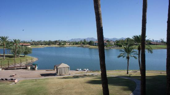 Millennium Scottsdale Resort & Villas: View from balcony