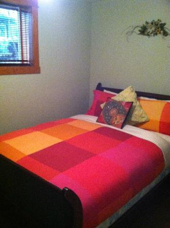 Mistiso's Place Vacation Rentals: Bedroom