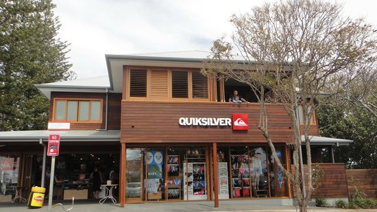 Quiksilver Apartments: view of front