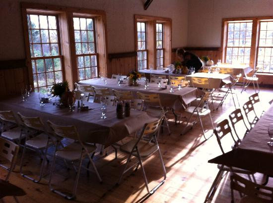 Amee Farm: Our rehearsal dinner setting
