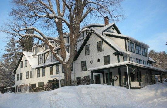 Follansbee Inn: Winter at Follansbee