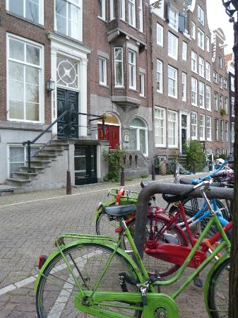 Prinsenhuis: Outside apartment