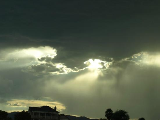 Americas Best Value Inn - Needles: After the Rain in September, the Sky is amazing in the desert