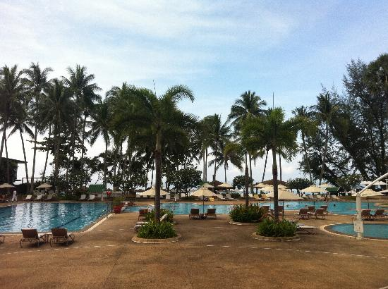 Le Meridien Phuket Beach Resort: One of their swimming pools