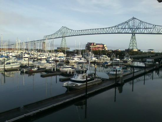 Astoria Riverwalk Inn: From our balcony....