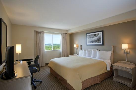Travelodge Suites Dartmouth: Renovated Bedroom in 1-Bedroom King Suite
