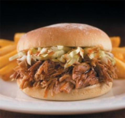 Menominee, MI : Carolina Pulled Pork