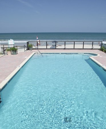 Daytona Shores Inn and Suites