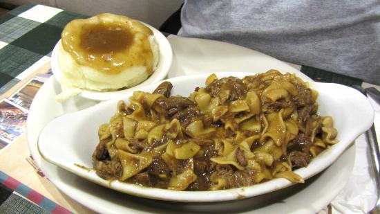 Yoder's Restaurant: Beef and noodles