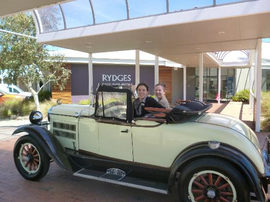 Rydges Eagle Hawk Resort: One of our cars