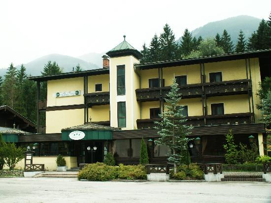Photo of Hotel Gasthof Ruperti-Wirt Irschen