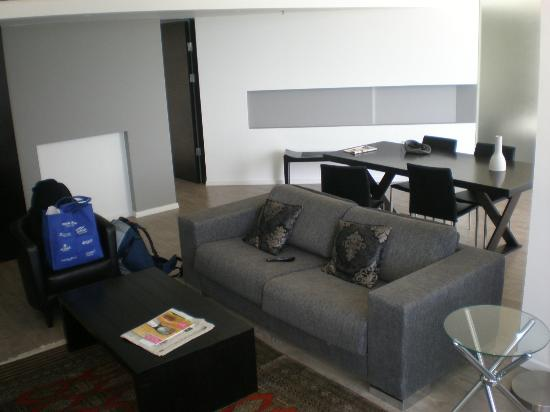 Sea Executive Suites: living area