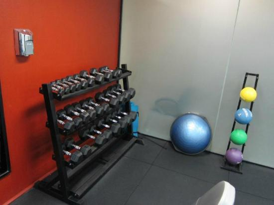 Hilton Brisbane: Great selection of gym eqiupmemt