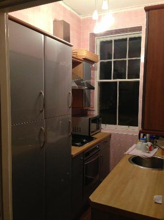 Stay Edinburgh City Apartments - Royal Mile: Small galley kitchen but functional