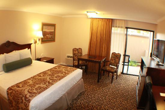 Photo of BEST WESTERN PLUS Inn at the Vines Napa